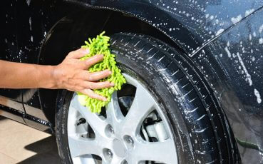31014484 - washing car wheel and tire